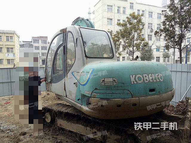 湖北仙桃市神钢SK60-5.5挖掘机