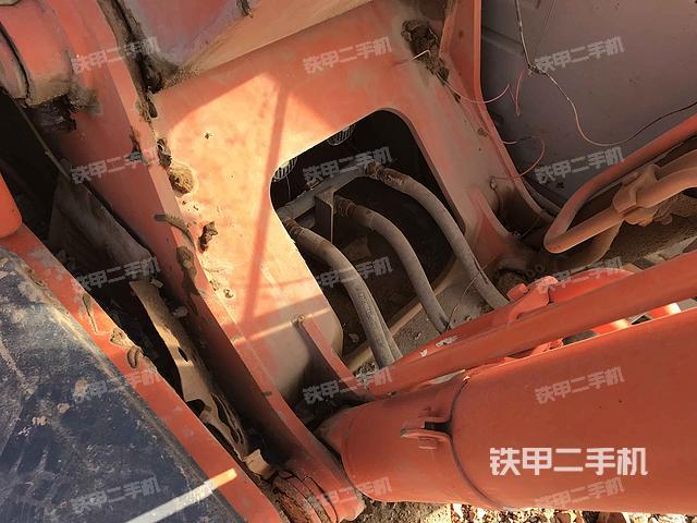 江苏徐州市日立EX200-5挖掘机