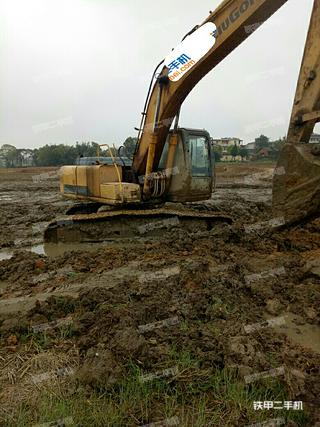 柳工CLG225C挖掘机