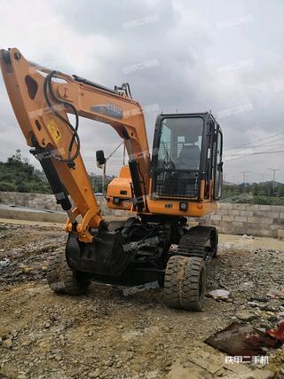 犀牛重工XN80-9挖掘机