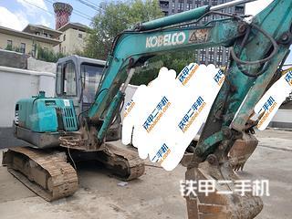 神钢SK55-C挖掘机