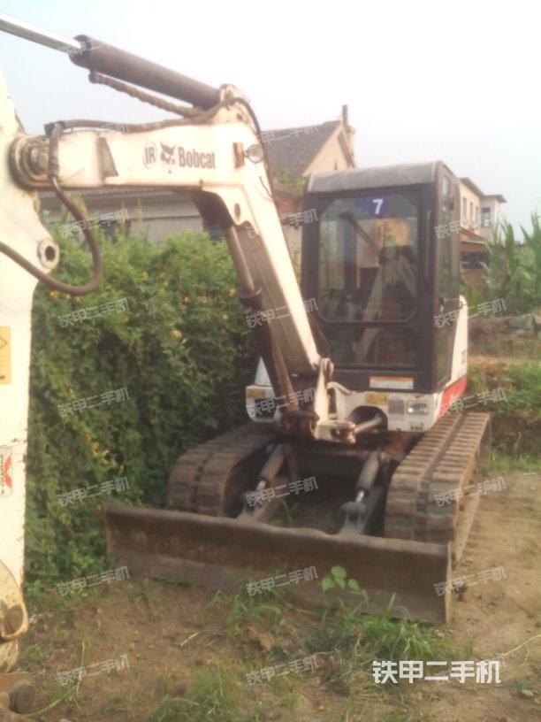 山猫e60挖掘机
