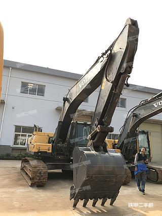 沃尔沃EC250DL挖掘机