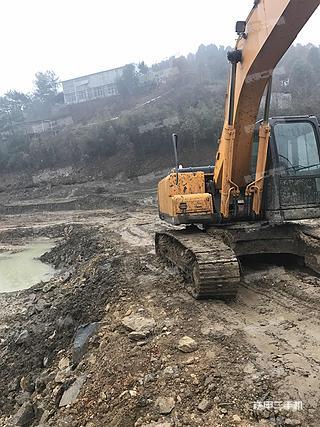 现代R215-7C挖掘机