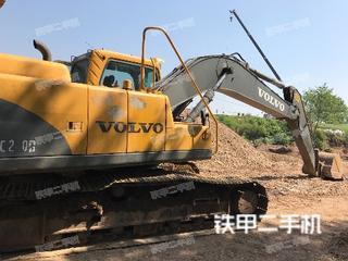 沃尔沃EC200B挖掘机