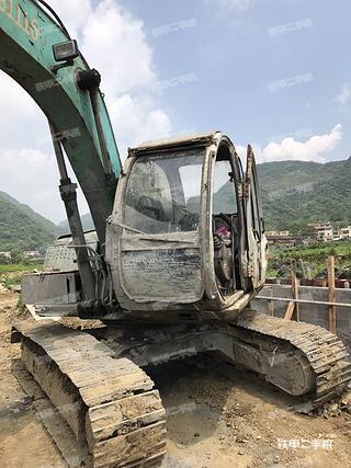 神钢SK120-5挖掘机