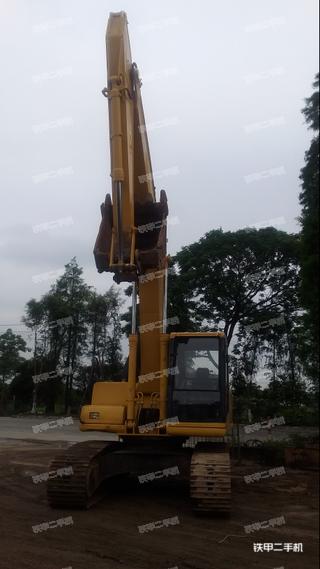 小松PC200-6E挖掘机
