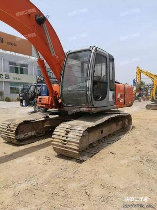 日立ZX200-5挖掘机