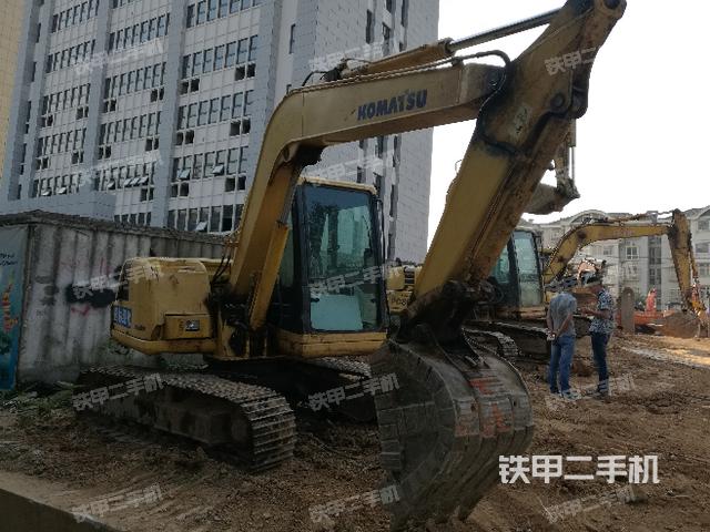 江西九江市小松PC60-7挖掘机