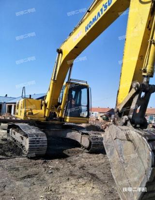小松PC220-6挖掘机