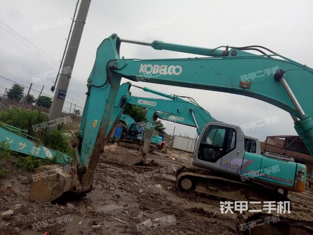 江苏南通市神钢SK200-6E挖掘机