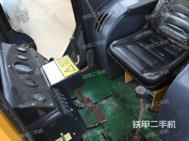 广东韶关市一拖T80推土机