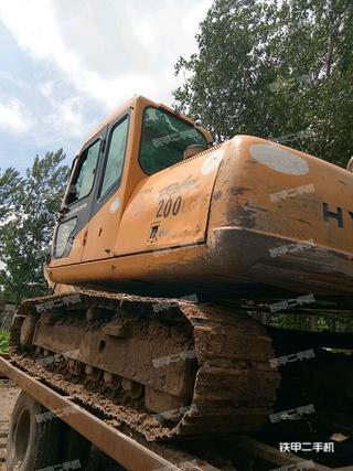 现代R150-7挖掘机