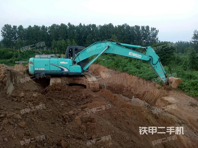 山东菏泽市神钢SK200超8挖掘机