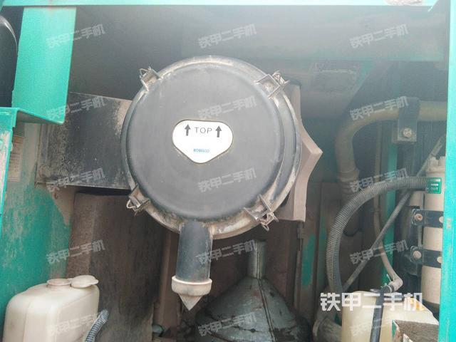 山东莱芜市神钢SK210LC-8挖掘机