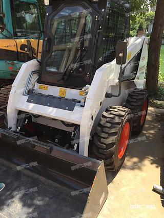 山猫S160滑移装载机