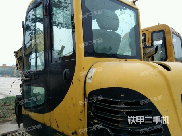 山东临沂市现代R60-7挖掘机