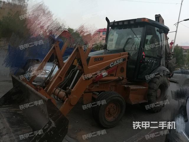 辽宁抚顺市凯斯580M两头忙