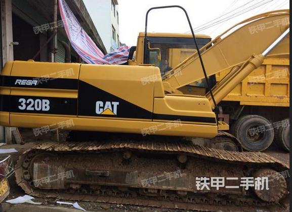 江西赣州市卡特彼勒320B挖掘机