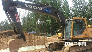 沃尔沃EC210挖掘机