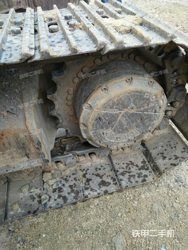 湖南永州市柳工CLG225C挖掘机