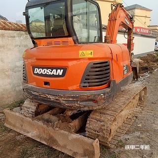 斗山DX60-9C挖掘机