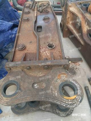 复兴BH1350直立型破碎锤
