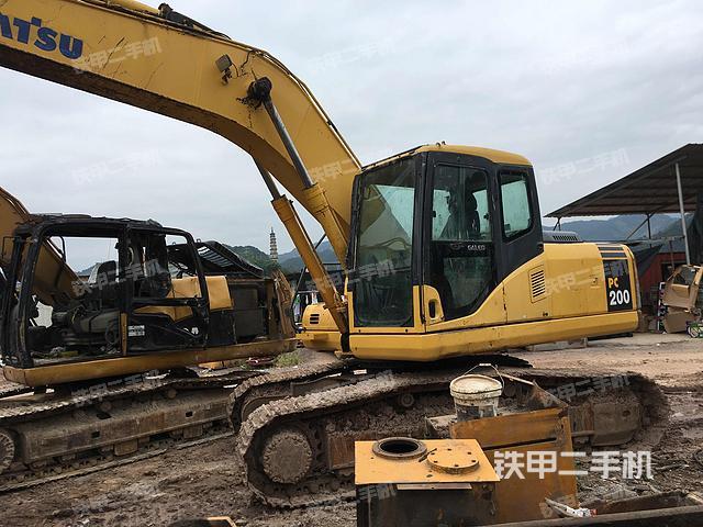 浙江丽水市小松PC200-7挖掘机