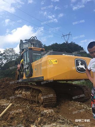约翰迪尔E240SC挖掘机