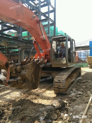 日立EX270-5挖掘机