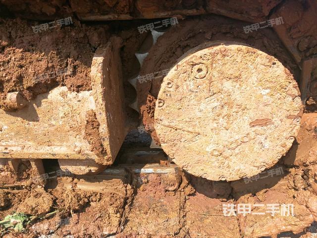 安徽六安市沃尔沃EC210BLC挖掘机