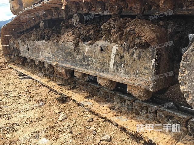 云南保山市小松PC220-8挖掘机