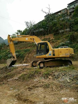 小松PC200-6 EXCEL挖掘机