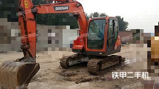 斗山DX80挖掘机