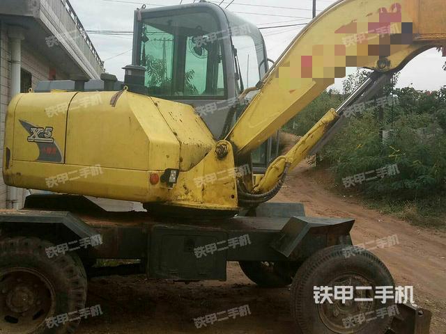 河北秦皇岛市犀牛重工XNW51360-B-2L挖掘机