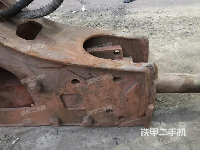 安徽合肥市水山SB130三角型破碎锤