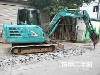 神钢SK60挖掘机