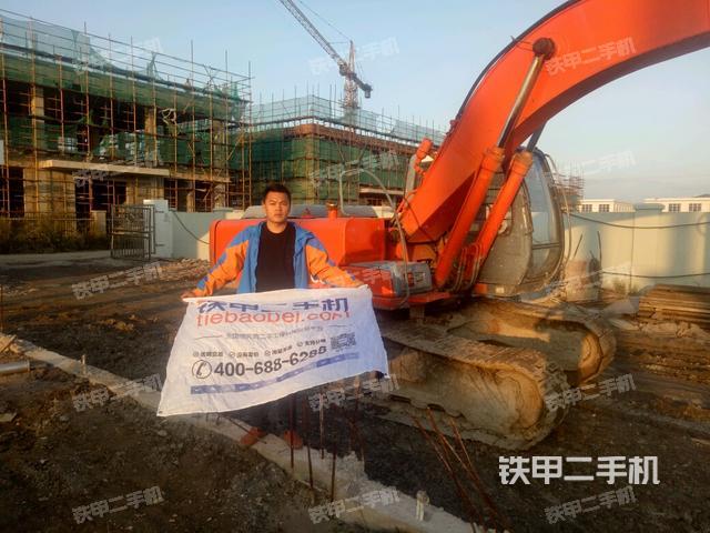 江苏南通市日立EX200-5挖掘机