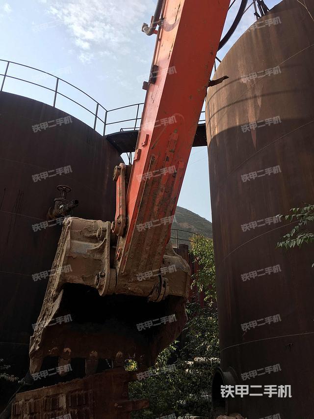 甘肃兰州市斗山DX300LC挖掘机