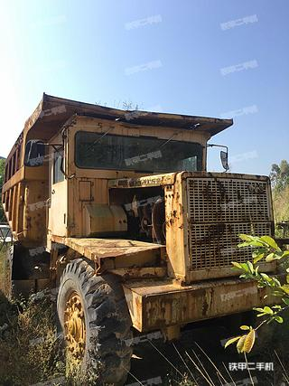 小松HD180-4非公路自卸车