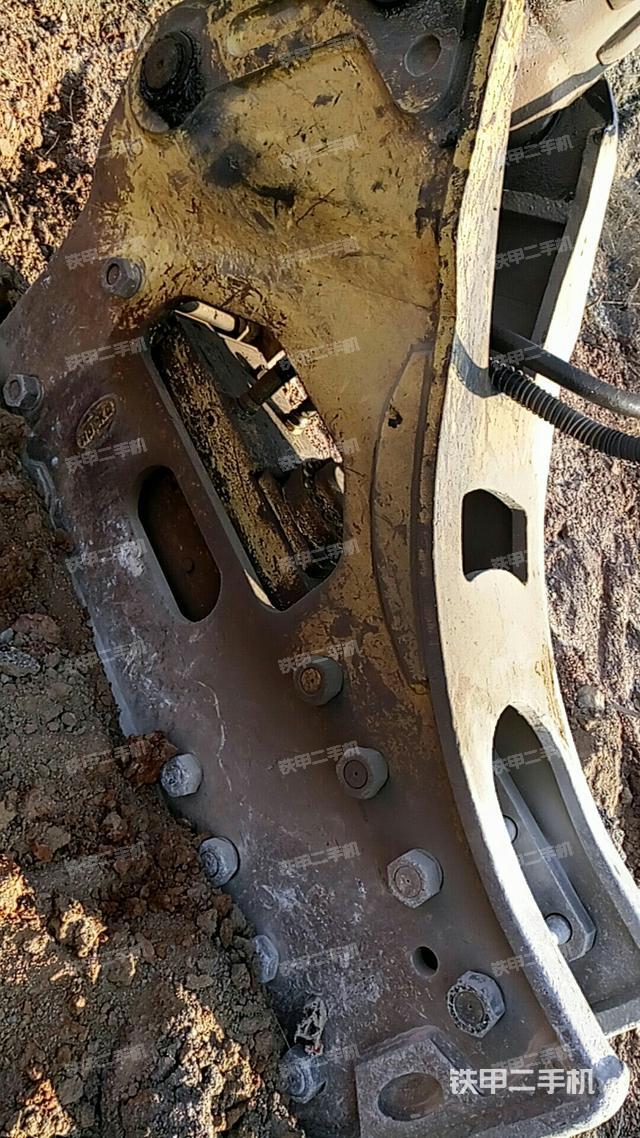 安徽六安市东南重工CJ175破碎锤