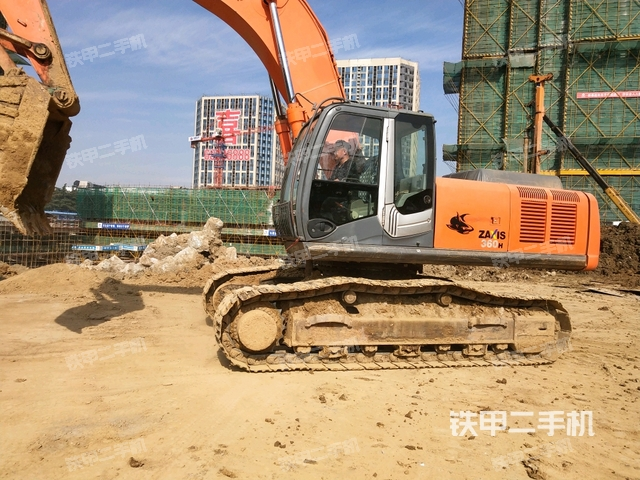 江苏南京市日立ZX360H-3挖掘机
