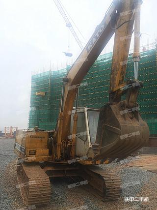 加藤HD400挖掘机