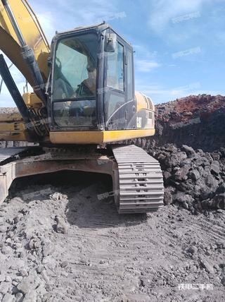 卡特彼勒323D挖掘机