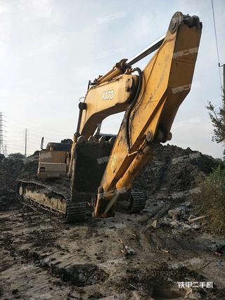 加藤HD1430挖掘机