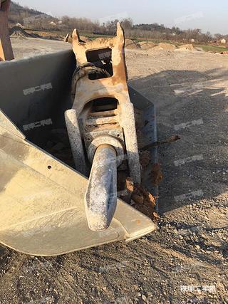 东南重工CJ155破碎锤
