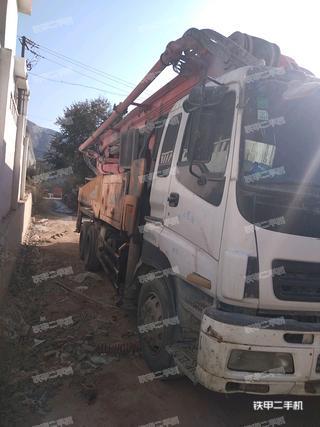 中联重科ZLJ5401THB125-46泵车