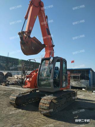 日立ZX135US挖掘机