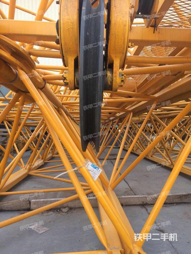 江苏徐州市徐工XGT125II--6513-8起重机
