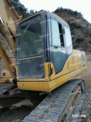 小松PC220挖掘机